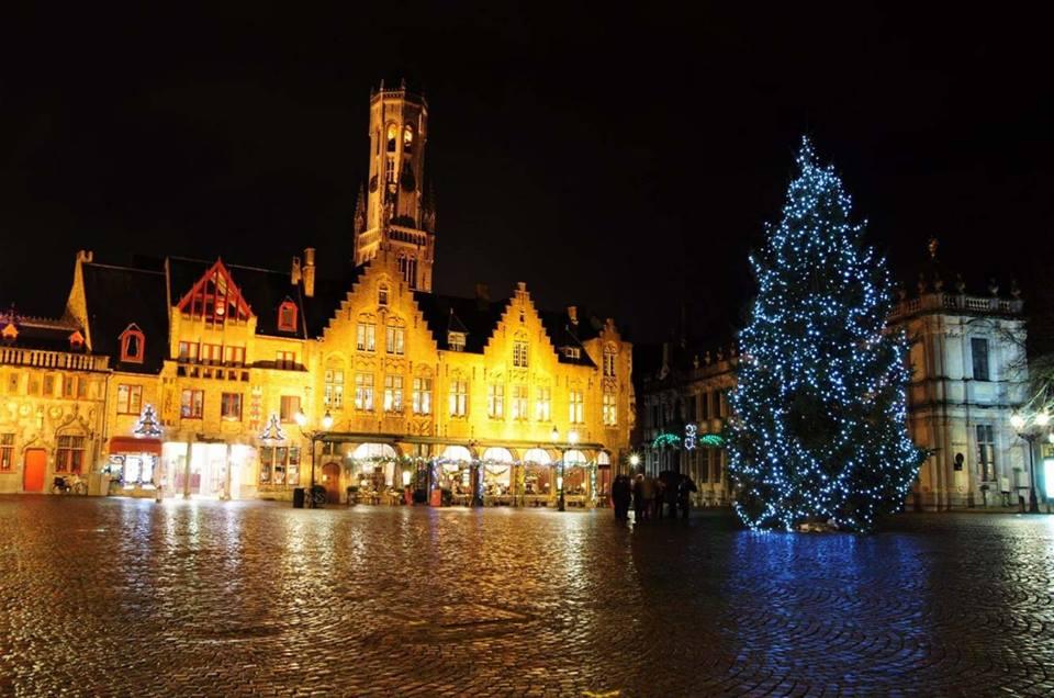 Zoek je nog iets speciaals met Kerst? Waarom eens geen weekendje Brugge…